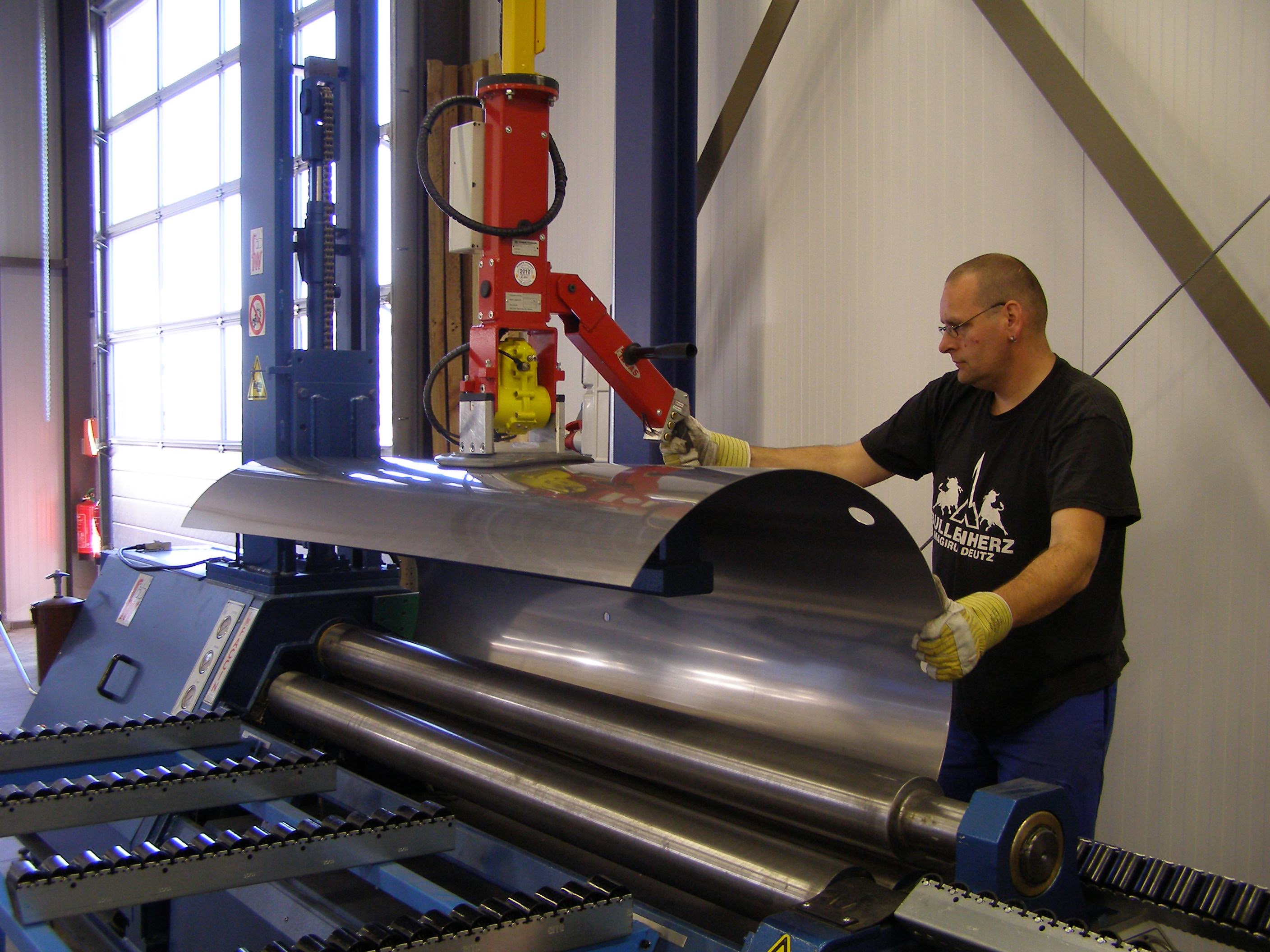Material Handling in the Metal Industry